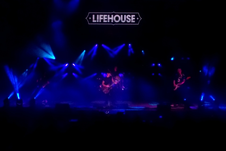 LIFEHOUSE 4